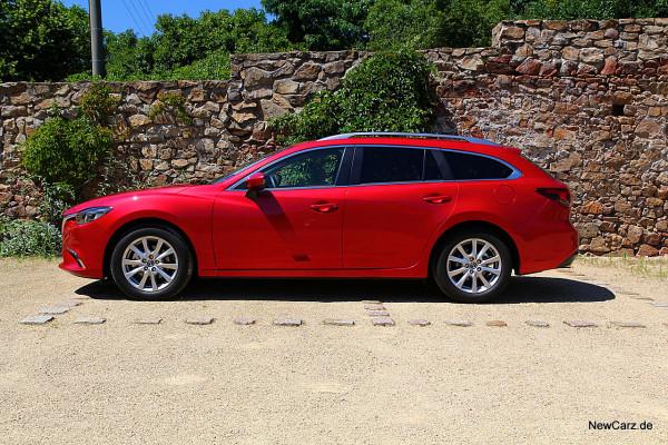 NewCarz-Mazda-6-Kombi (41)