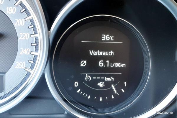 NewCarz-Mazda-6-Kombi (46)