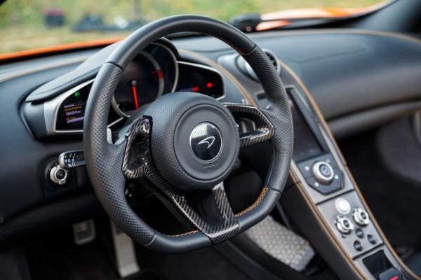 NewCarz-McLaren-650S-Spyder-01