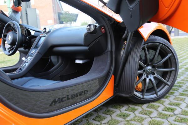 NewCarz-McLaren-650S-Spyder-07