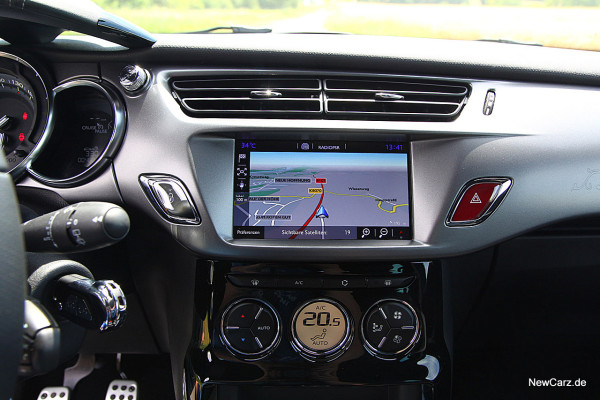 NewCarz-DS3-2016 (13)