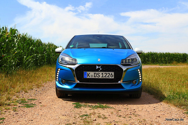 NewCarz-DS3-2016 (22)