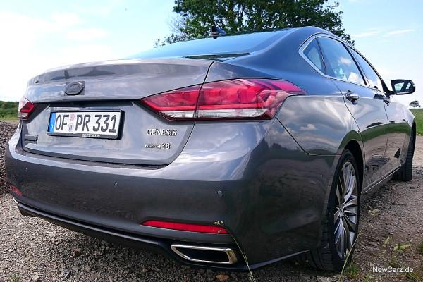 NewCarz-Hyundai-Genesis-06