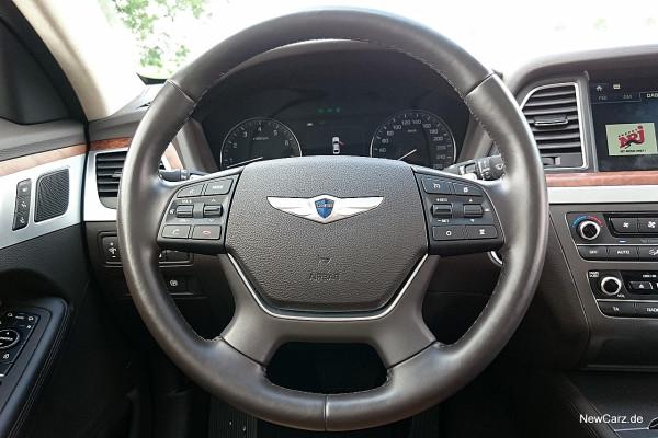 NewCarz-Hyundai-Genesis-17
