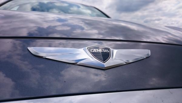 NewCarz-Hyundai-Genesis-30