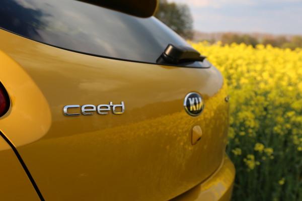NewCarz-Kia-pro_ceed-GT-02