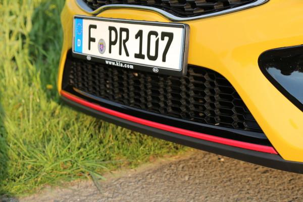 NewCarz-Kia-pro_ceed-GT-06