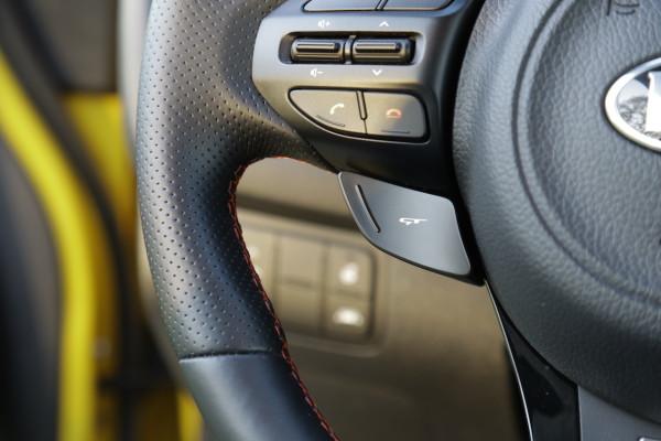 NewCarz-Kia-pro_ceed-GT-15
