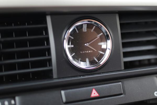 NewCarz-Lexus-RX-200t-21