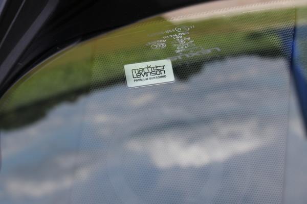 NewCarz-Lexus-RX-200t-26