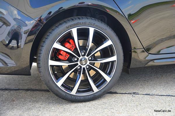NewCarz-Kia-Optima-GT (10)