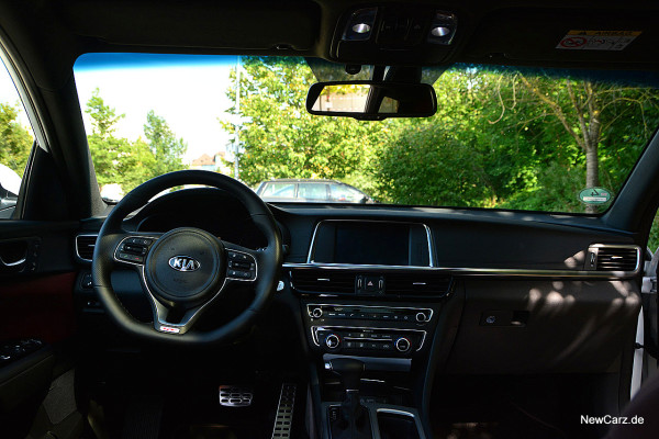 NewCarz-Kia-Optima-GT (3)