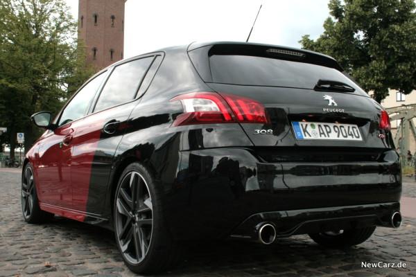 NewCarz-Peugeot-308-GTi-01
