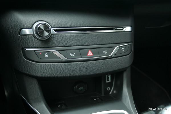NewCarz-Peugeot-308-GTi-08