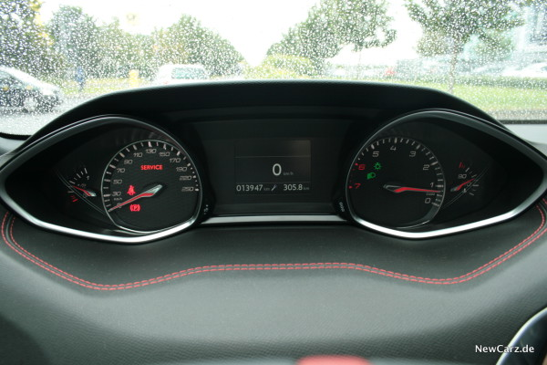 NewCarz-Peugeot-308-GTi-14