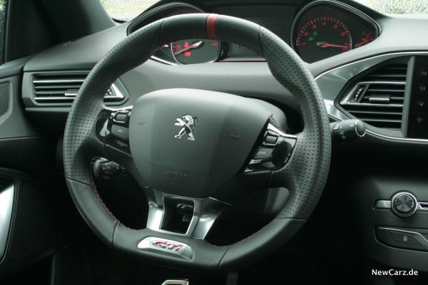 NewCarz-Peugeot-308-GTi-19