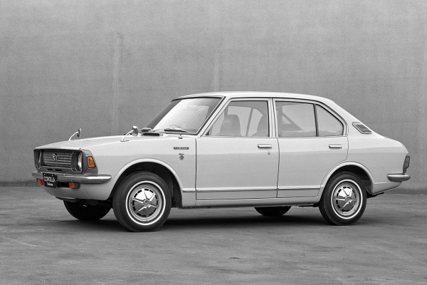NewCarz-Toyota-Corolla-E20