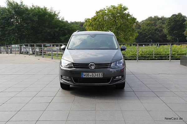 NewCarz-VW-Sharan-4Motion (1)