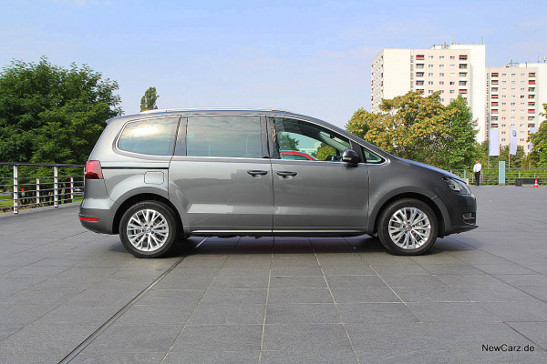 NewCarz-VW-Sharan-4Motion (3)