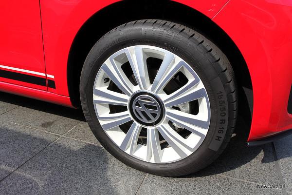 NewCarz-VW-up-beats (8)