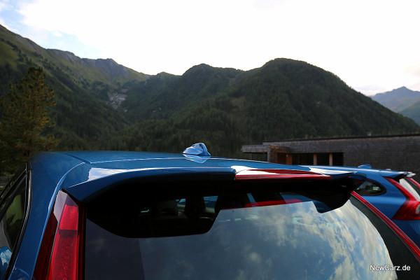 NewCarz-Volvo-Polestar (14)