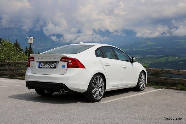 NewCarz-Volvo-Polestar (6)