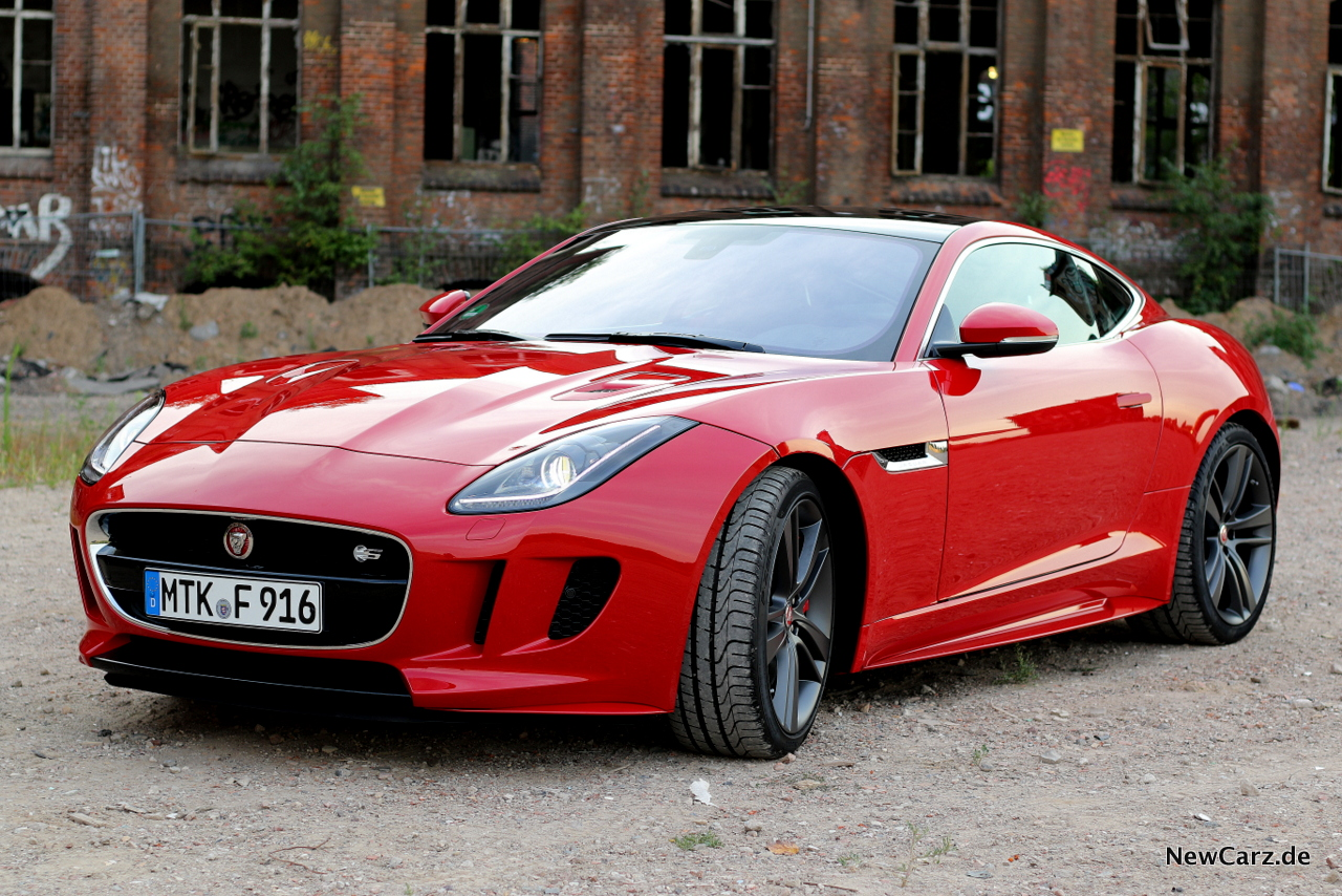 jaguar f type s awd extrovertierter charismatiker. Black Bedroom Furniture Sets. Home Design Ideas
