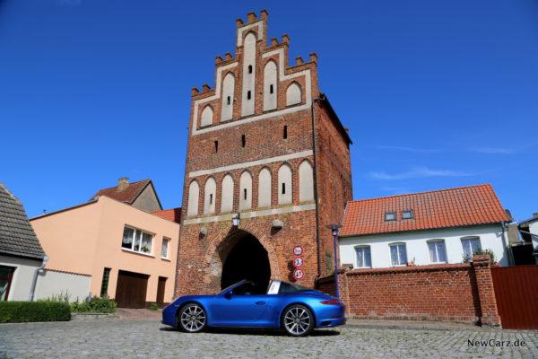 newcarz-porsche-911-targa-4-06