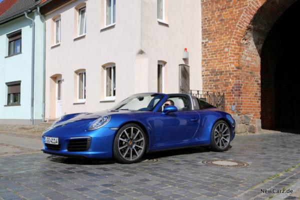 newcarz-porsche-911-targa-4-07