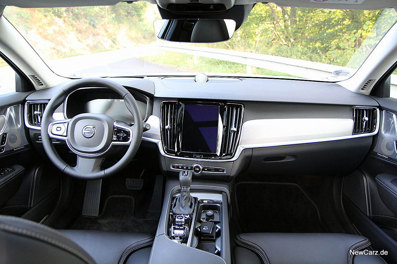 Volvo V90 - Erstkontakt mit schwedischem Premium-Kombi - NewCarz.de
