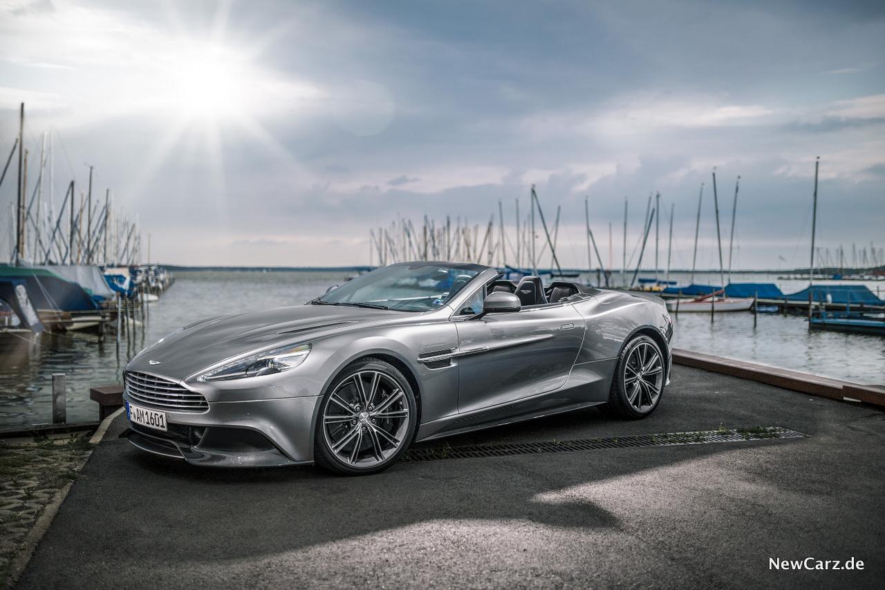 Aston Martin Vanquish Volante London Calling Newcarz De