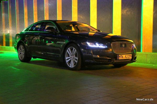 newcarz-jaguar-xj-portfolio-08
