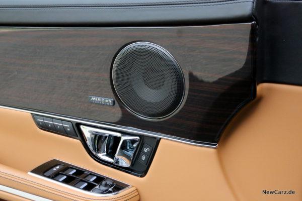 newcarz-jaguar-xj-portfolio-17