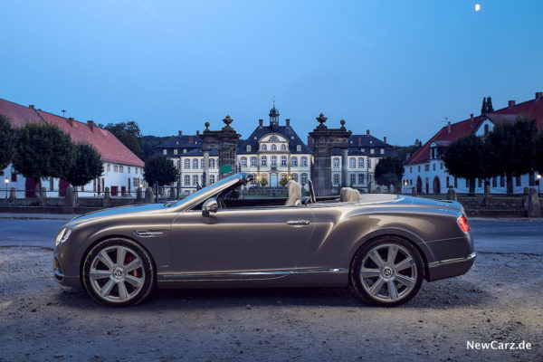 newcarz-bentley-continental-gtc-w12-19
