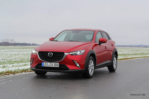 Mazda CX-3 schräg vorn