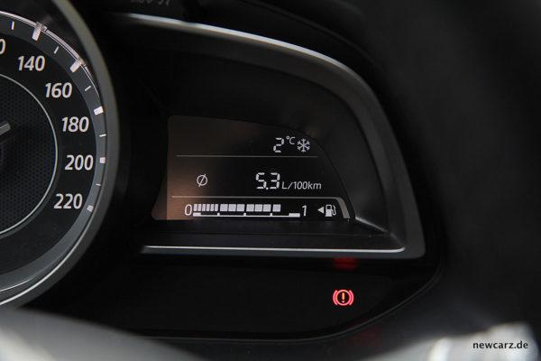 Mazda CX-3 Tankanzeige
