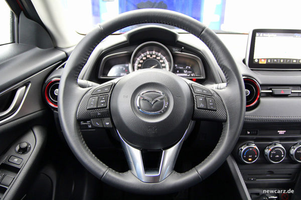 Mazda CX-3 Steuer