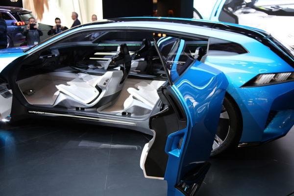 Peugeot Instinct Concept Doors open