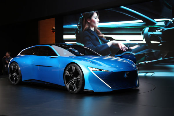 Peugeot Instinct Concept schräg