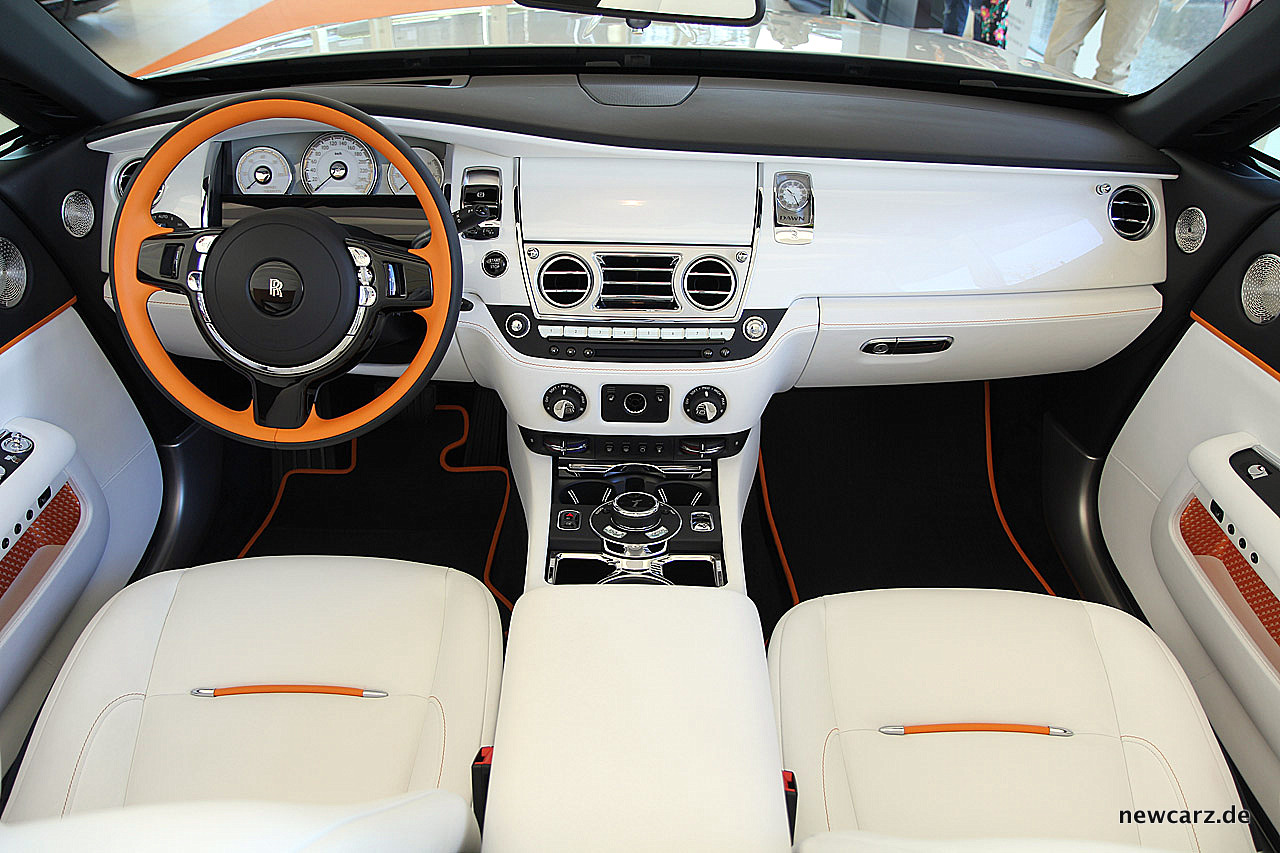 Rolls royce dawn erlauchte offenheit for Interieur rolls royce