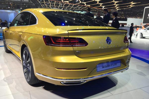 VW Arteon Genf Heckansicht R-Line