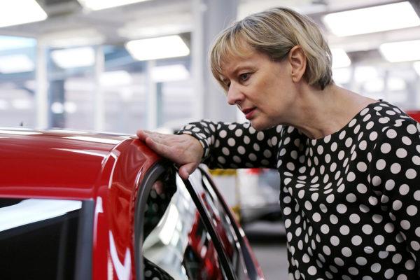 VW Color und Trim Lackkontrolle