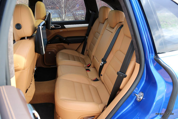 Porsche Cayenne S Diesel Rücksitze