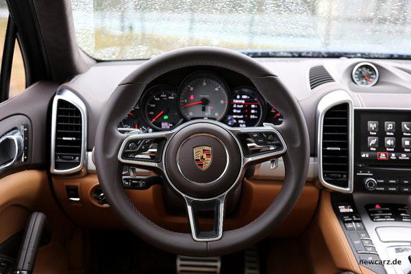 Porsche Cayenne S Diesel Lenkrad