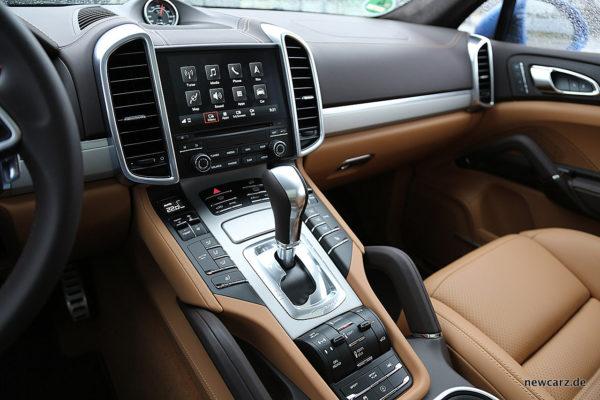 Porsche Cayenne S Diesel Mittelkonsole