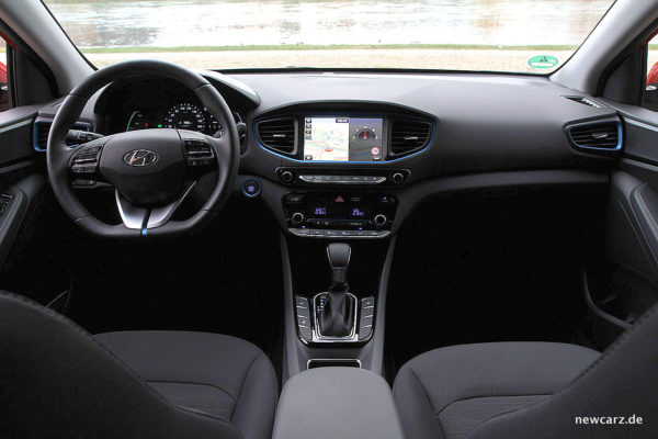Hyundai IONIQ Hybrid Armatur.