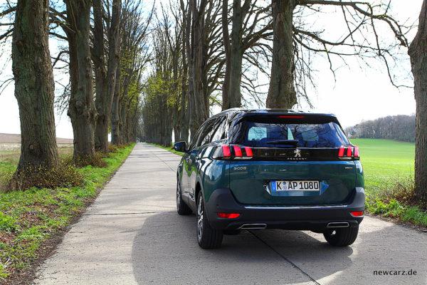 Peugeot 5008 rear