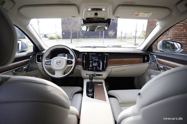 Volvo S90 Armaturenbereich