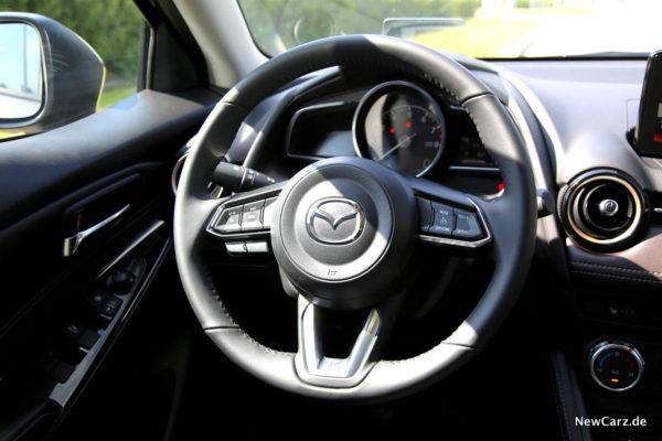 Mazda2 Lenkrad
