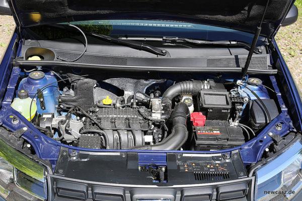 Dacia Sandero Motorraum
